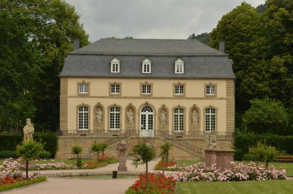 Echternach, Luxembourg, Orangerie Manor. Foto: Canva